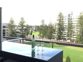 Beachside Luxury getaway in Glenelg