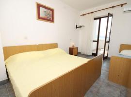Apartment Metajna 6466f