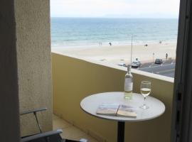Beach Apartment Romilly, Strand