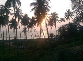Sun n Tan Beach Home, Kannur (рядом с городом Pāppinisseri)