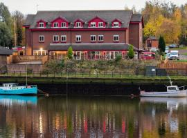 Rivers Hotel