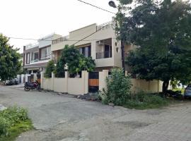 4 Corners, Бхопал (рядом с городом Dīwānganj)