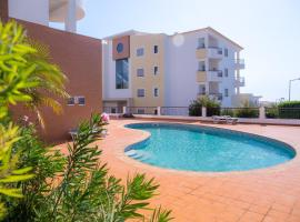 Sea View and Pool Luxury Apartment, Lagos