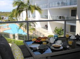 The Boathouse Luxury Apartments, Tea Gardens