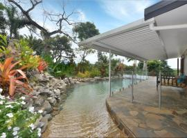 Crazy About Cairns Views - 5 Bedrooms
