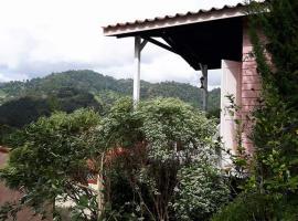Flora Hill Pongyang Resort, Pong Yaeng
