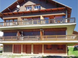 One-Bedroom Apartment in Font Romeu, Фон-Ромё (рядом с городом Font Romeu Odeillo Via)