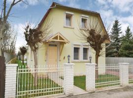 Three-Bedroom Holiday Home in Gyula/Szanazug, Szeregyháza (рядом с городом Bélmegyer)