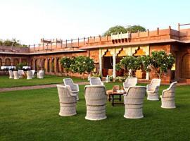 Pal Garh Heritage Hotel Jodhpur, Pāl (рядом с городом Balesar)