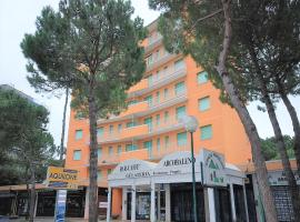 Appartamenti Arcobaleno, Lignano Sabbiadoro (Lignano Pineta yakınında)