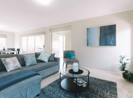 Giant 4 Bedroom Entertainers House with Parking, Point Cook