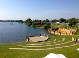 Premium Accommodation at Tattershall Lakes Country Park, Tattershall (рядом с городом Dogdyke)