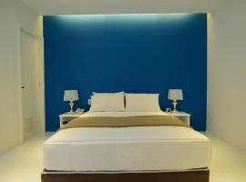Bleu Hotel