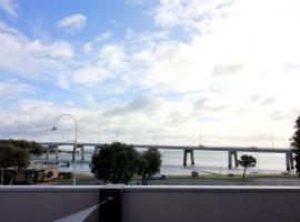 Aqua Vista, San Remo (Newhaven yakınında)