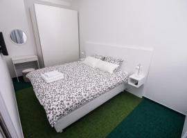 Skylux Apartments