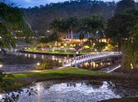 Cedar Lakes Resort Apt Available 22 Dec - 29 Dec, Advancetown (Gilston yakınında)