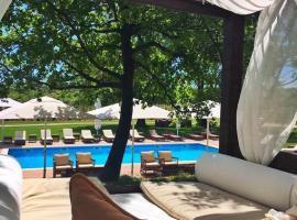Relais & Chateaux Wine Hotel and Restaurant Meneghetti, Бале