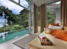 Ambong Pool Villas - Private Pool