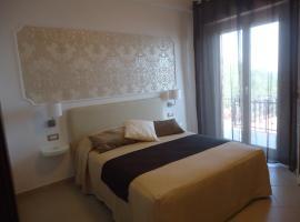 Mini Hotel, Pouzzoles