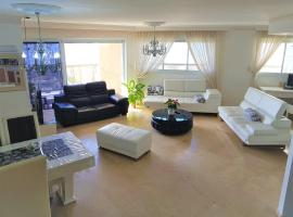 Penthouse Exclusive Rooms with Ocean View, Ashdod