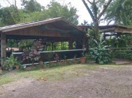 Santa Maria Volcano Lodge, Hacienda Santa María (Guayabal yakınında)