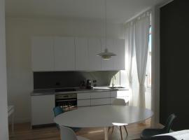 Design in casa epoca isola Garibaldi