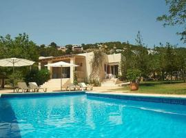 Villa Can Blay, Sant Josep (Ses Salines yakınında)