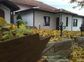 Bella House, Hlevene (Stefanovo yakınında)