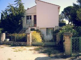 Appartement dans un parc à Villeneuve les Avignon