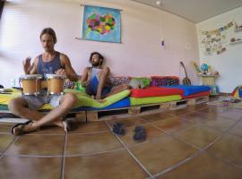Slow Hostel - Hospedagem Criativa