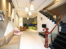 Luna's House