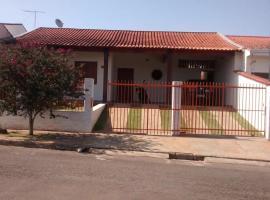 Quarto no Colinas Park, Alfenas (Alfredo Manso yakınında)