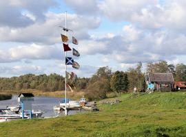 Fishing Village, Pärnu (Eametsa yakınında)