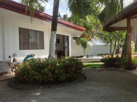 Bamboo Beachhouse Guesthouse, Garcia Hernandez