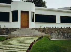 Villa Andina Deze accommodatie maakt deel uit van ons Programma voor Aanbevolen Partners. Ze werken aan positieve ervaringen door middel van prima service ...