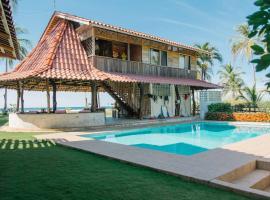 Totobe Resort, Jabilla (Puerto Coyote yakınında)