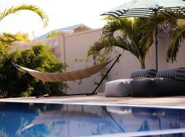 Mo Hotel, Gan