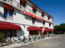 HOTEL DE LA POMME D'OR, Бар-сюр-Об (рядом с городом Clairvaux)