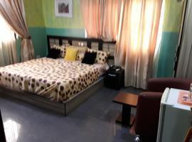 House 3 Guest House, Ibadan (Near Ona-Ara)