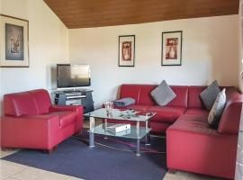 Three-Bedroom Apartment in Gonnersdorf, Gönnersdorf (Lissendorf yakınında)