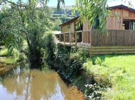 Willow River Lodge, Clunton
