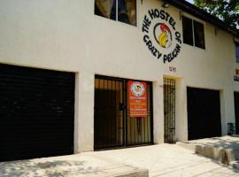 Casa hotel pelícano loco, Santa Marta