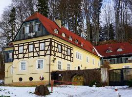Vila Křenov, Žacléř (Bernartice yakınında)