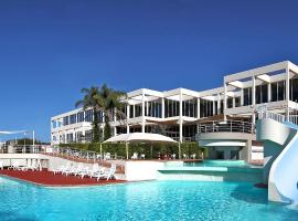 Absolute Beachfront Opal Cove Resort, Coffs Harbour