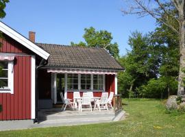 Two-Bedroom Holiday home in Byxelkrok 1, Byxelkrok