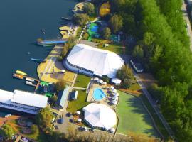 Admiral Yacht Club, Gribki (Near Klyazminskoye Reservoir)