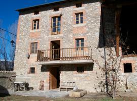 Cal Cornet- Turismo Rural, Alp