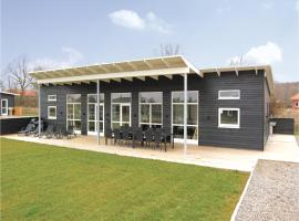 Four-Bedroom Holiday home Haderslev with a room Hot Tub 01, Knud