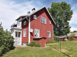 Four-Bedroom Holiday Home in Amal, Åmål