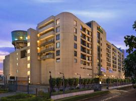 Savoy Suites Manesar, Гургаон (рядом с городом Kāsan)